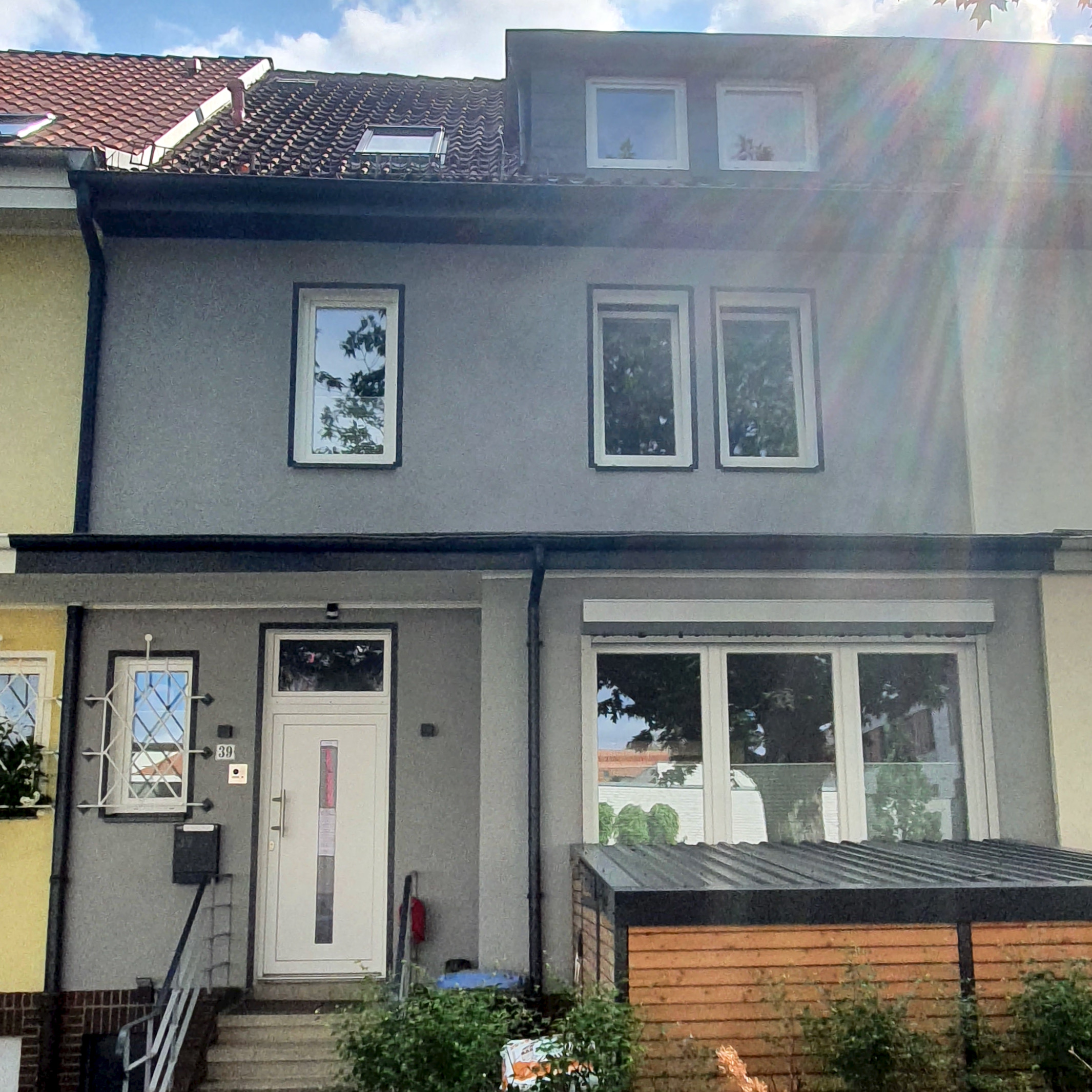 "Featured image for ""Gediegenes Reihenmittelhaus"""